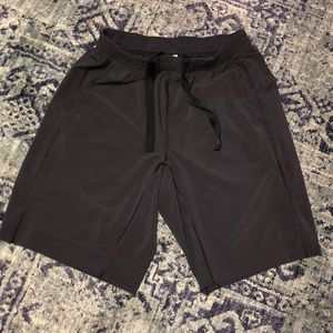 Men's Lululemon Black Shorts Size L